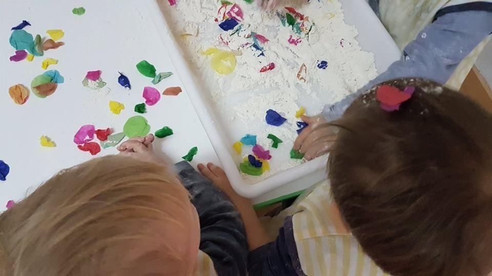 El método de enseñanza: Servicios de Llar D' Infants Goi Goi