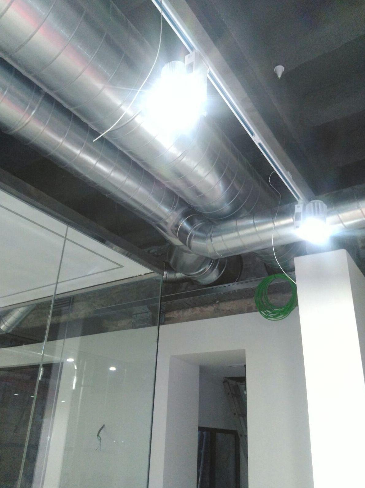 Empresa especializada en el montaje de conductos de aire acondicionado en Cornellá de Llobregat