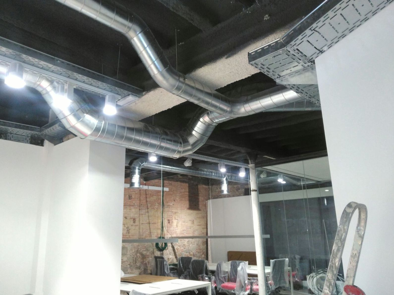 Expertos en la instalación de conductos para aire acondicionado en Cornellá de Llobregat