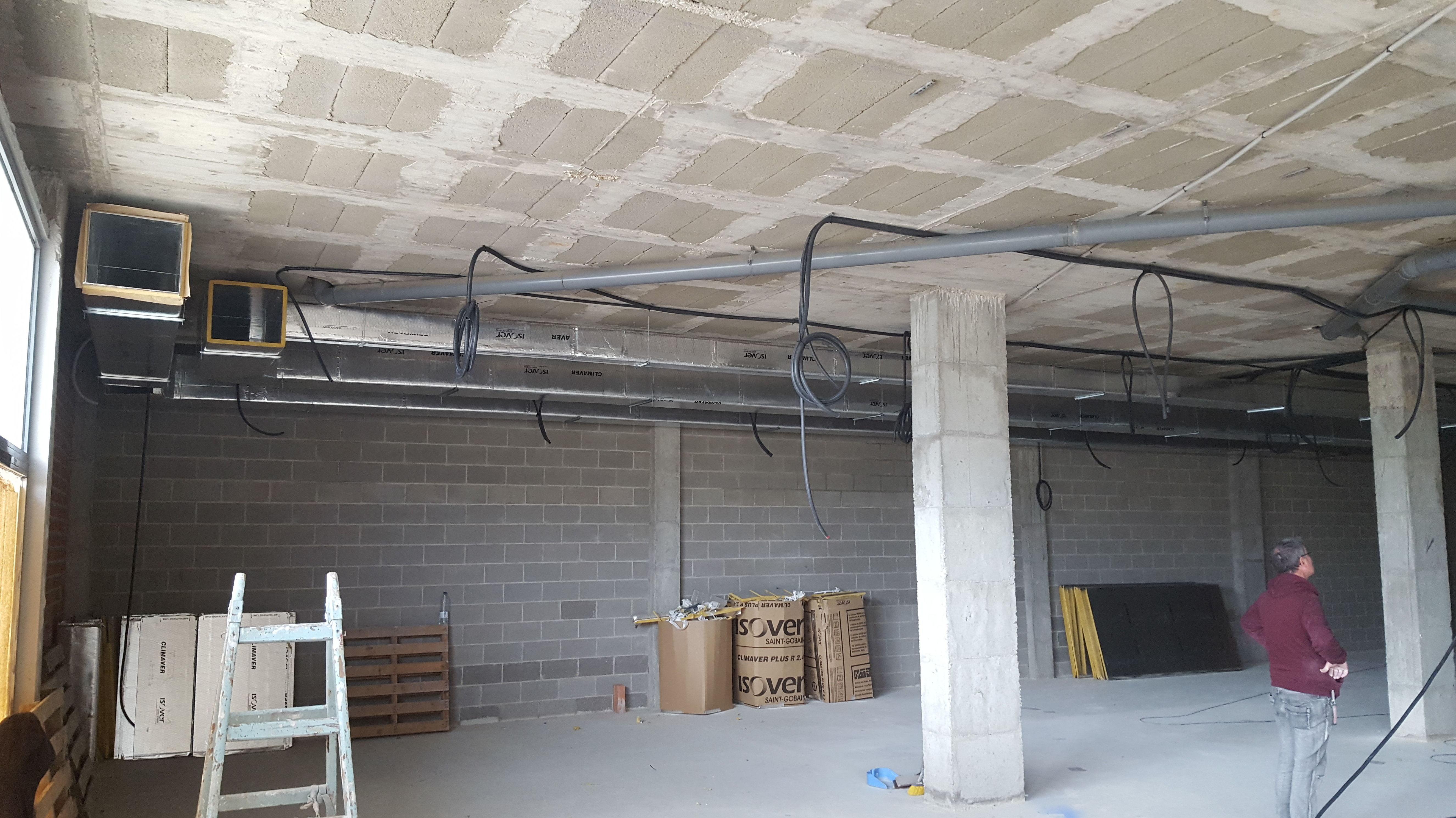 Montaje de conductos de aire acondicionado en Cornellá de Llobregat