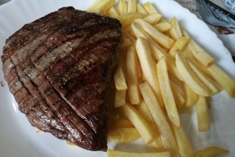 Restaurante especializado en carnes