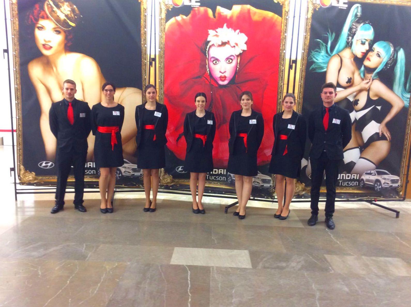 ¿Quieres formar parte del equipo de Elegance Azafatas? ¡Te decimos cómo hacerlo!