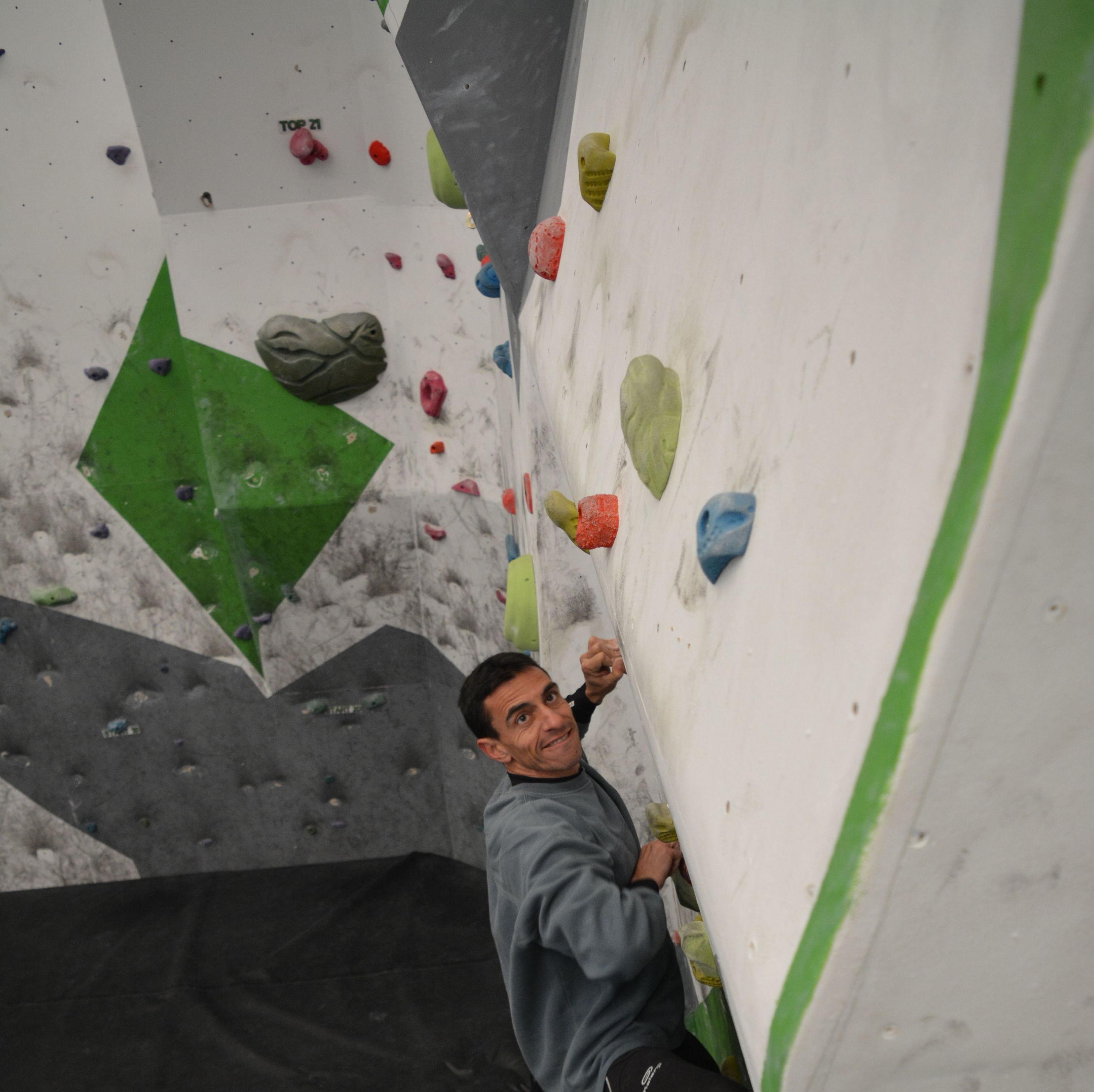 Aprende a escalar en Up Escuela de Escalada, Getafe