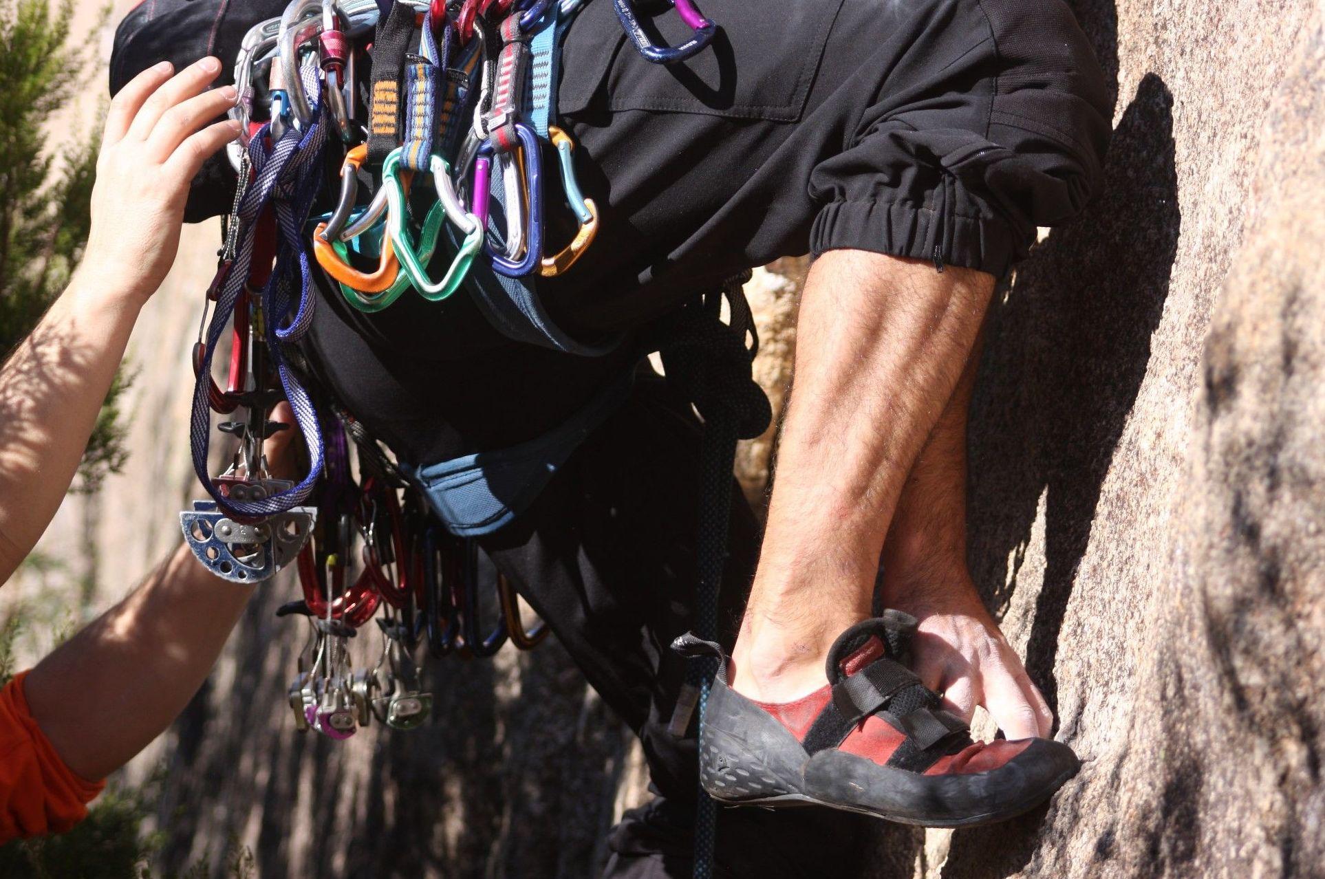 Alquiler de equipo de escalada: Qué te ofrecemos de UP Escuela de Escalada