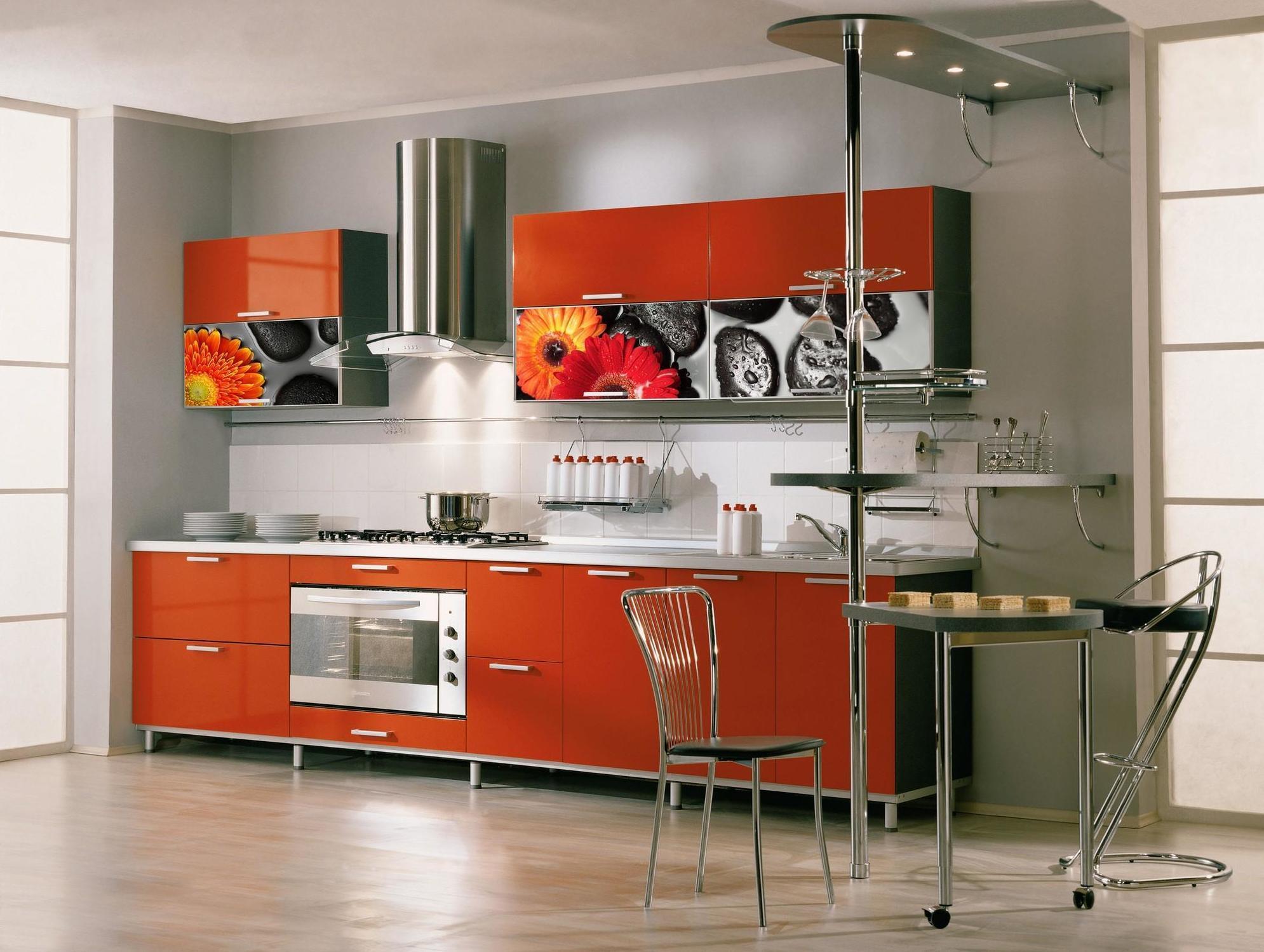 Cristales Decorados Para Cocinas Simple Coloca Vajilla Blanca De  # Muebles De Cocina Kiwi
