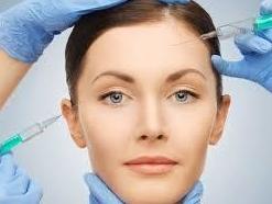 Rellenos, hilos tensores y otros: Tratamientos de CLINICA BURGOS