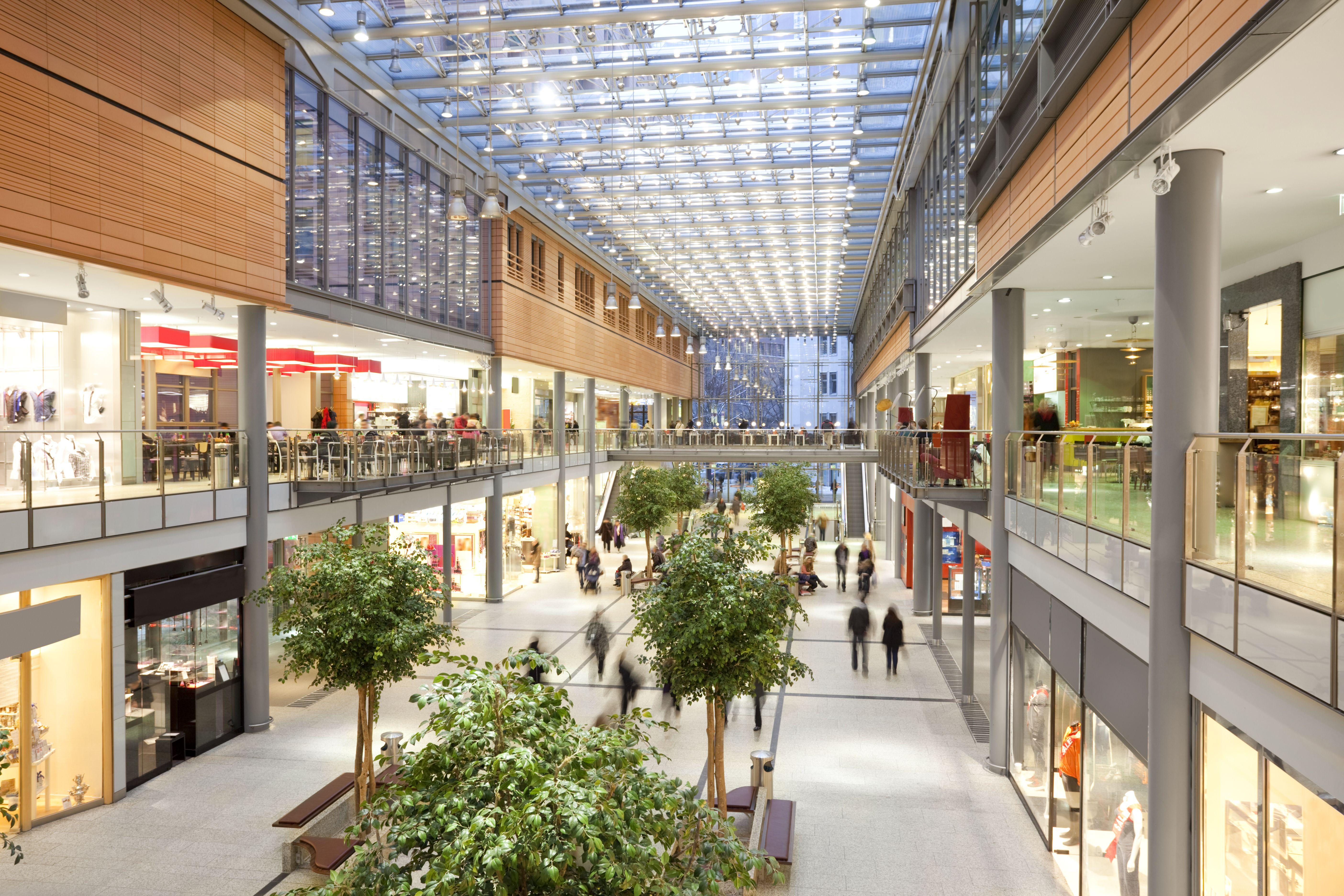 Iluminación para grandes superficies y centros comerciales: Catálogo de Ilumigal
