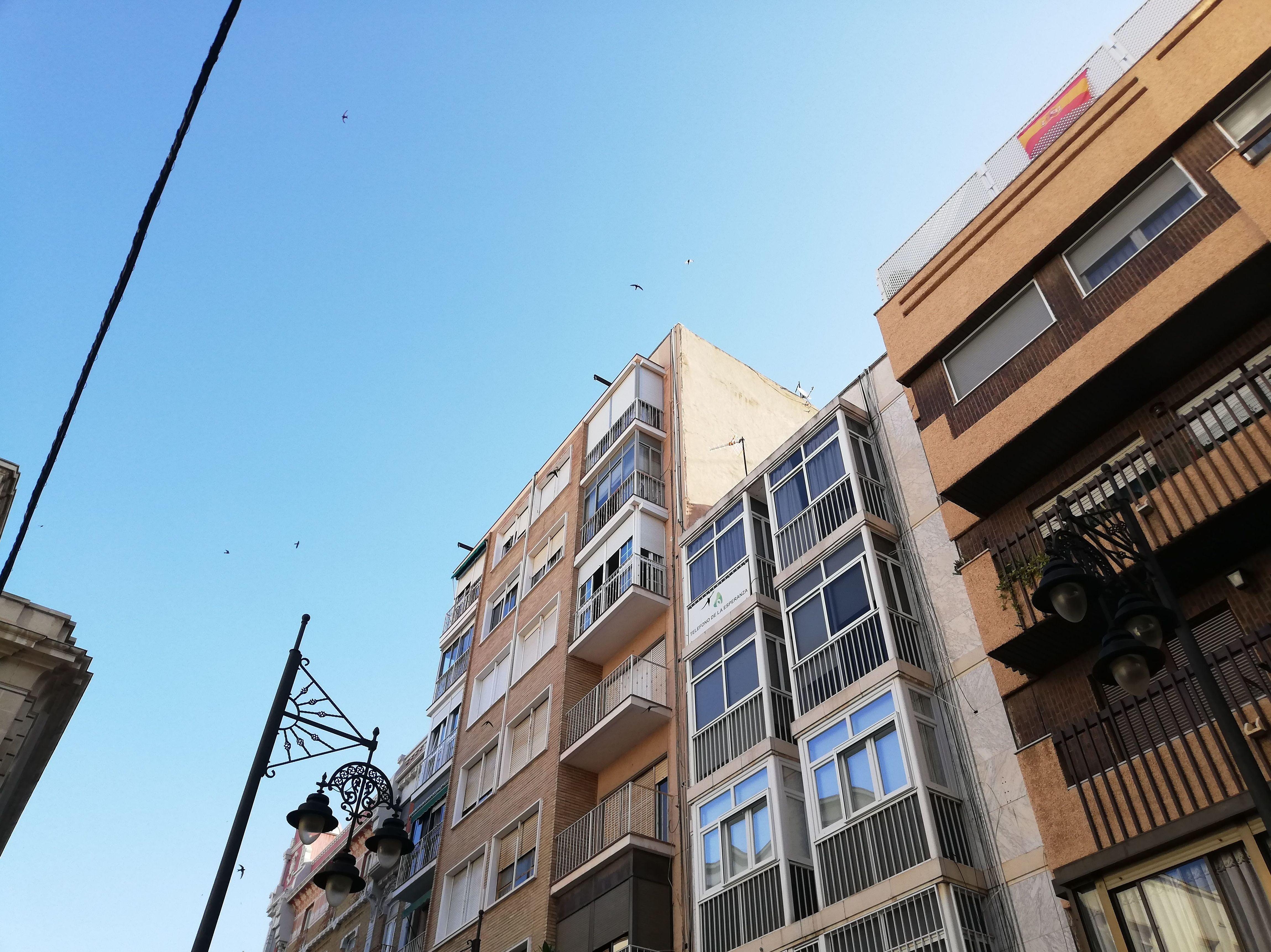 Proyecto de rehabilitación de fachadas de medianeras, cubiertas y patios interiores pendientes de realizar en el centro de Cartagena