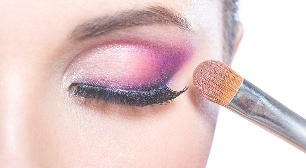 Maquillaje: Servicios  de Centro de Estética Carmen de Cabo