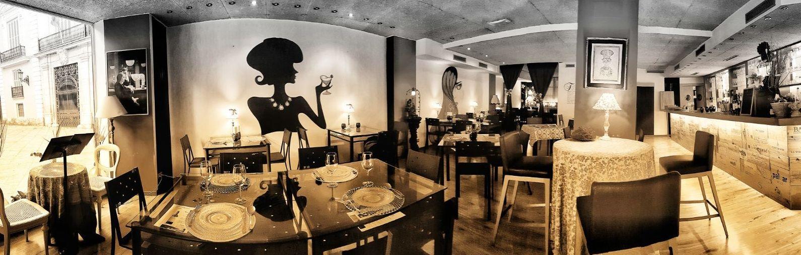 Foto 4 de Restaurante en Valencia | LOURDES ILLUECA DOBÓN