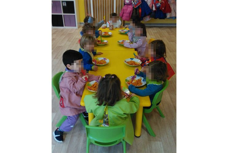 Nuestra mesa de comida