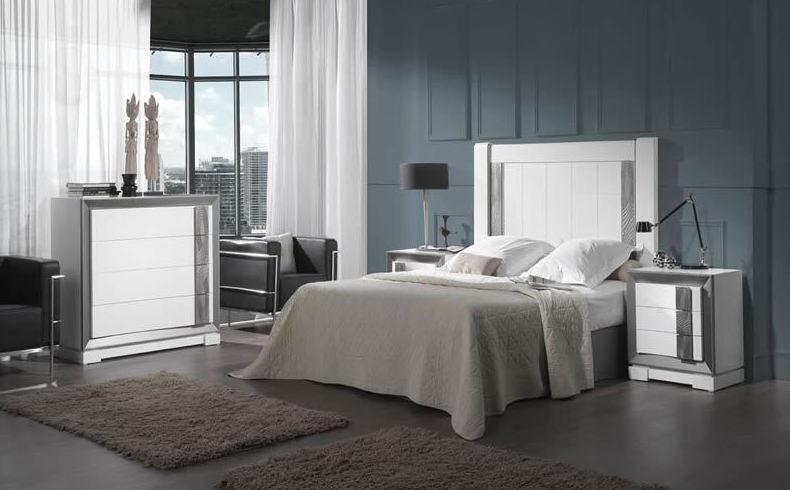 Vista su dormitorio con nuestros muebles