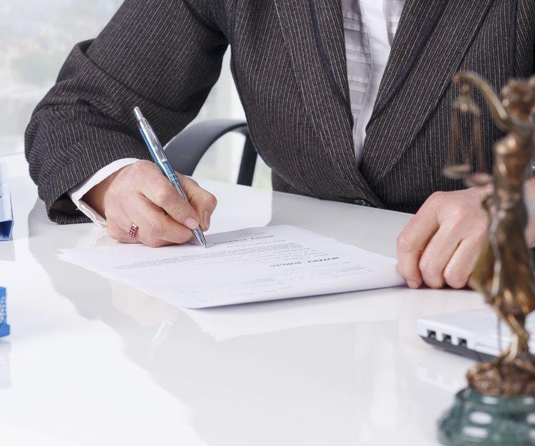 Abogados especialistas en derecho administrativo