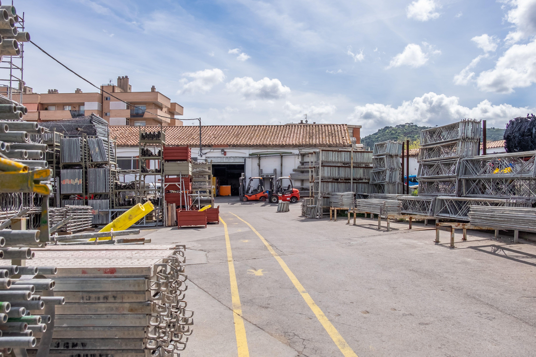 Si tu empresa se dedica a la rehabilitación o restauración de fachadas, contacta con Amucsa en Martorell