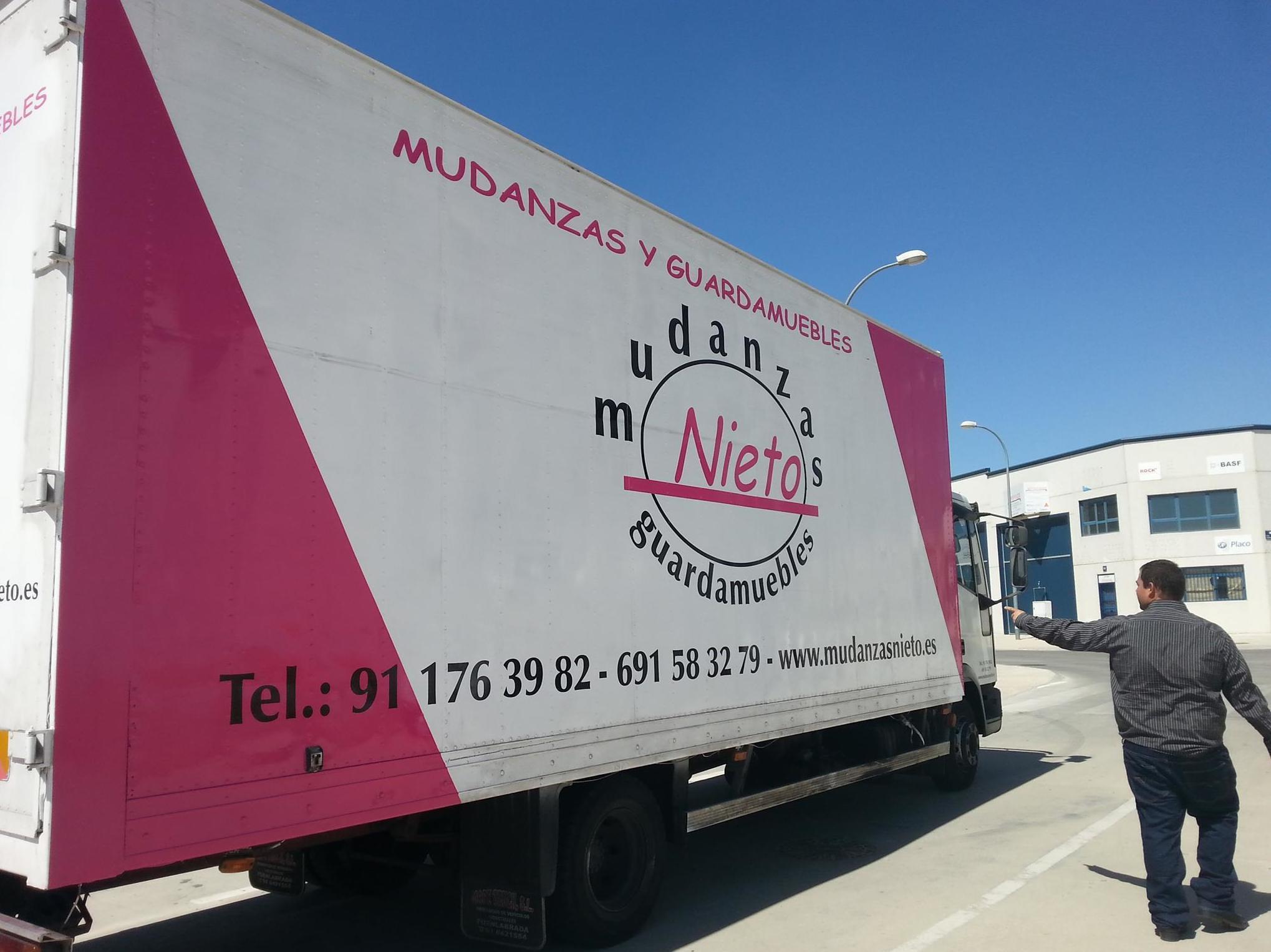 Foto 17 de Mudanzas y guardamuebles en Alcorcón | Mudanzas Nieto