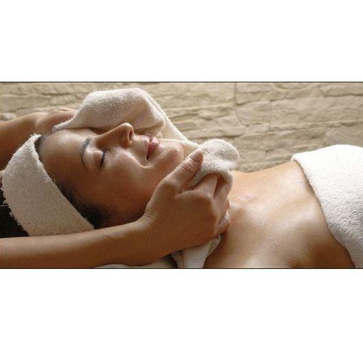 Tratamientos faciales: Productos y servicios de Salón de Belleza M. del Carmen Valero
