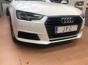 Instalación de sensores de aparcamiento originales Audi