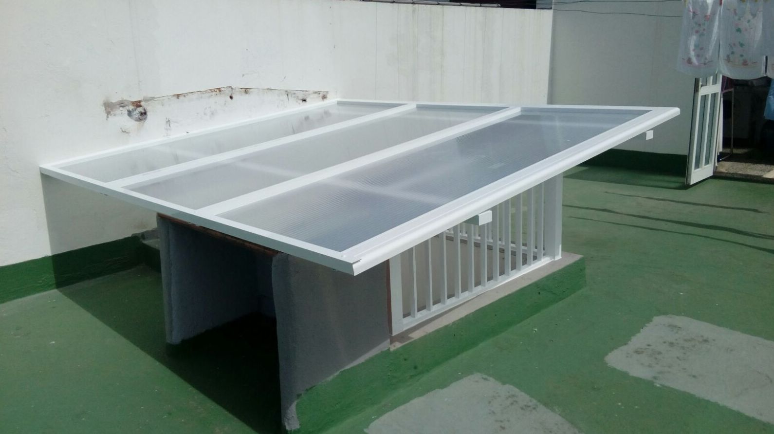 Foto 109 de Cristalerías en    Aluminios Vicente
