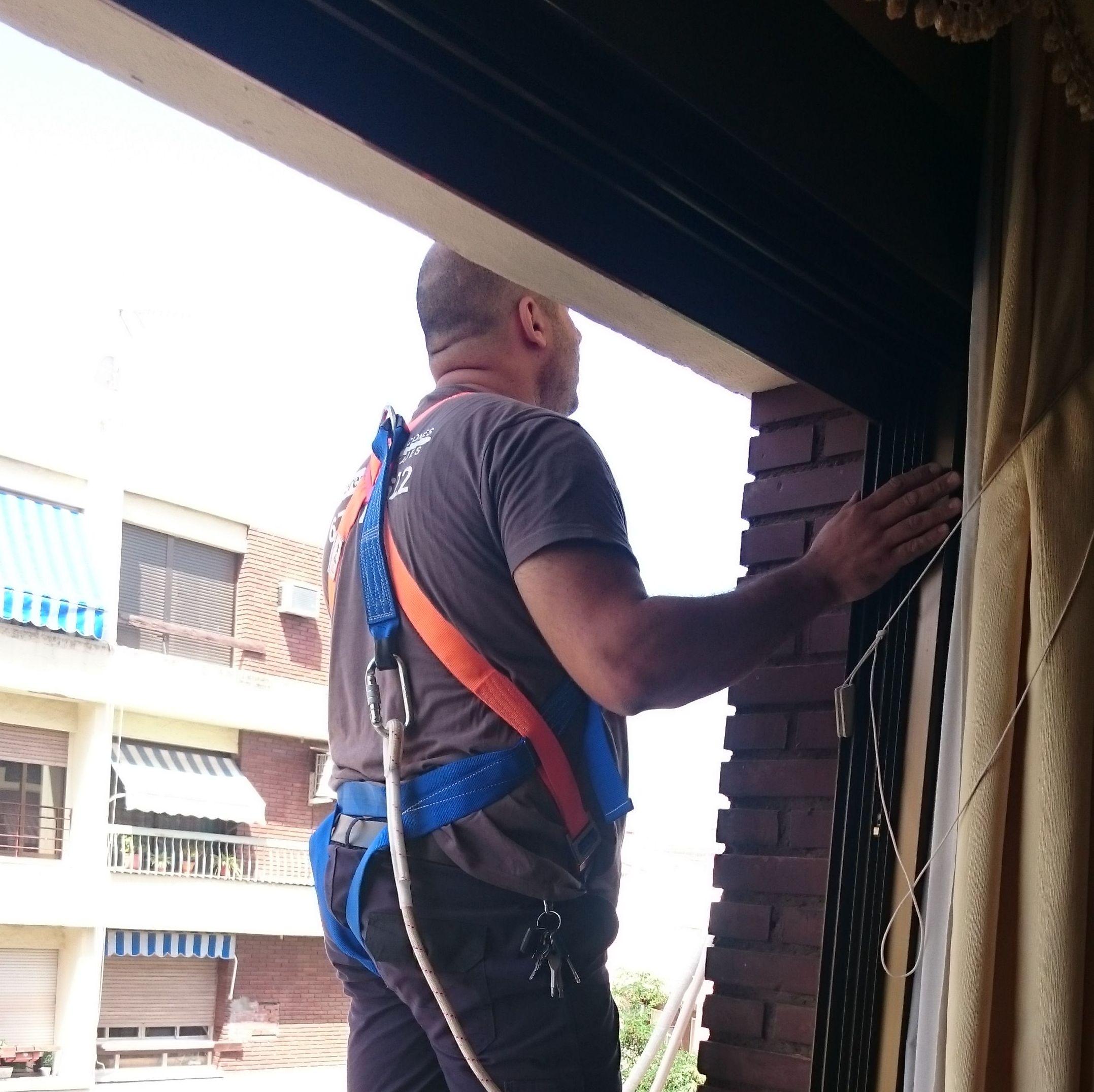 Foto 27 de Electricidad en Córdoba | Reparaciones y Montajes Cerezo