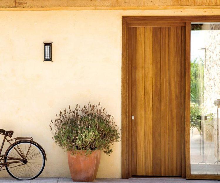 Montaje de puertas de exterior