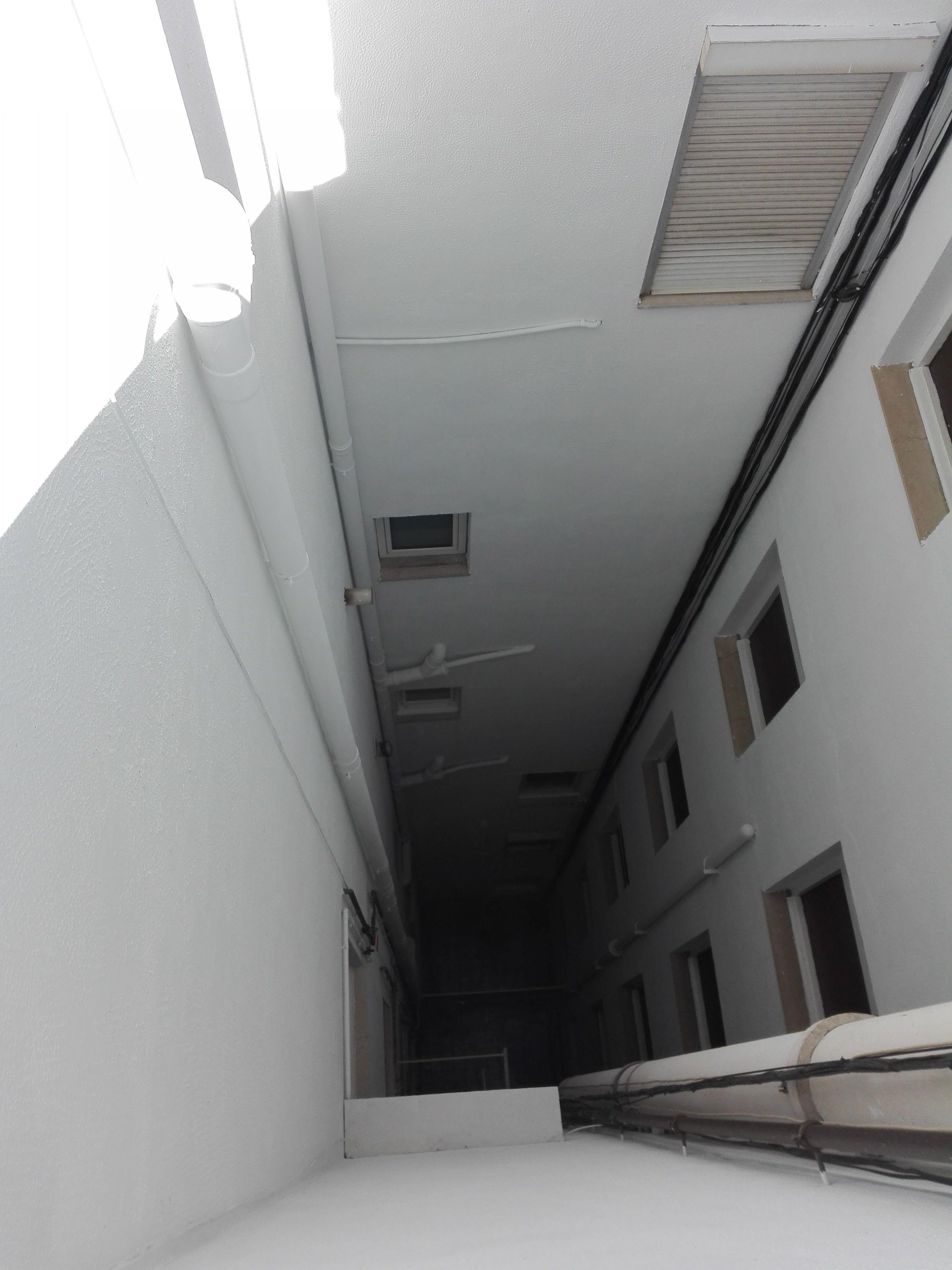 Rehabilitación de patios de luces en Granollers