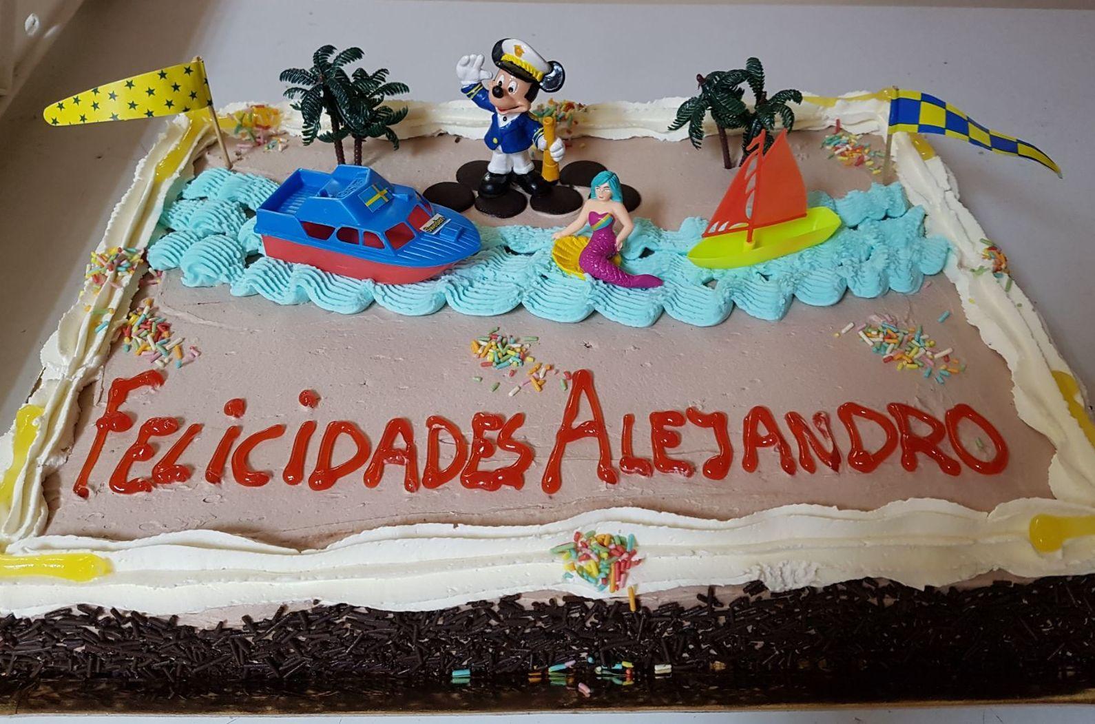 Foto 1 de Panadería y pastelería artesanal en Pedrola | Panadería Pastelería Lázaro Petisme