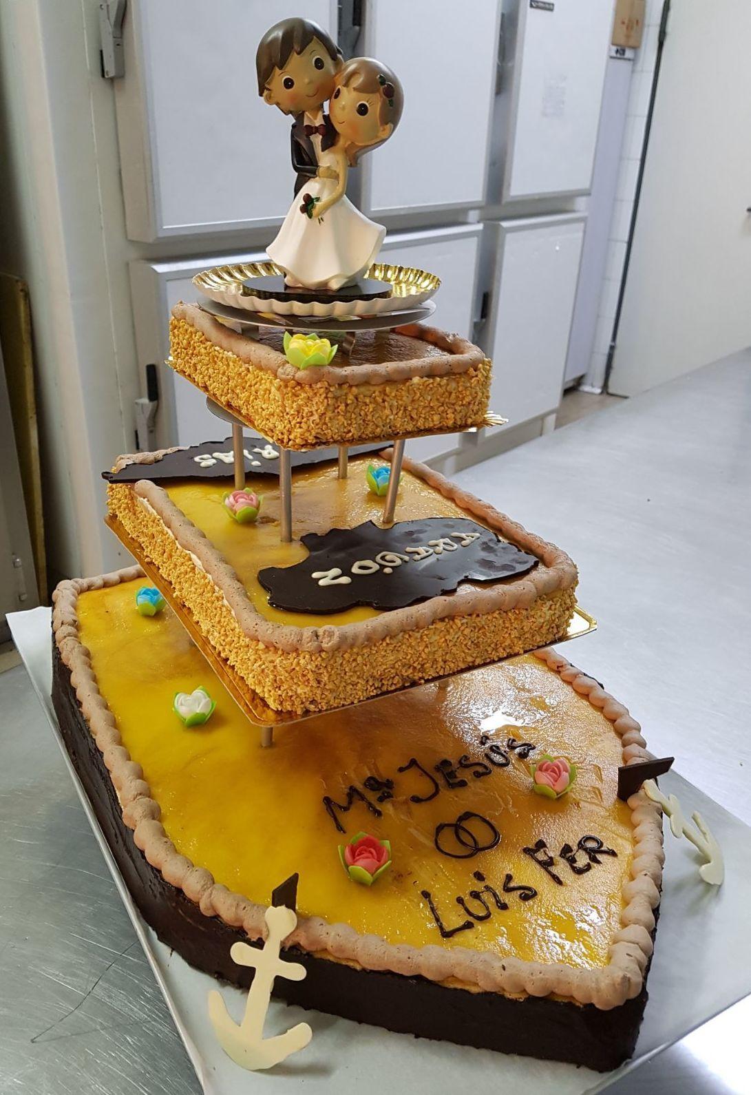 Foto 3 de Panadería y pastelería artesanal en Pedrola | Panadería Pastelería Lázaro Petisme