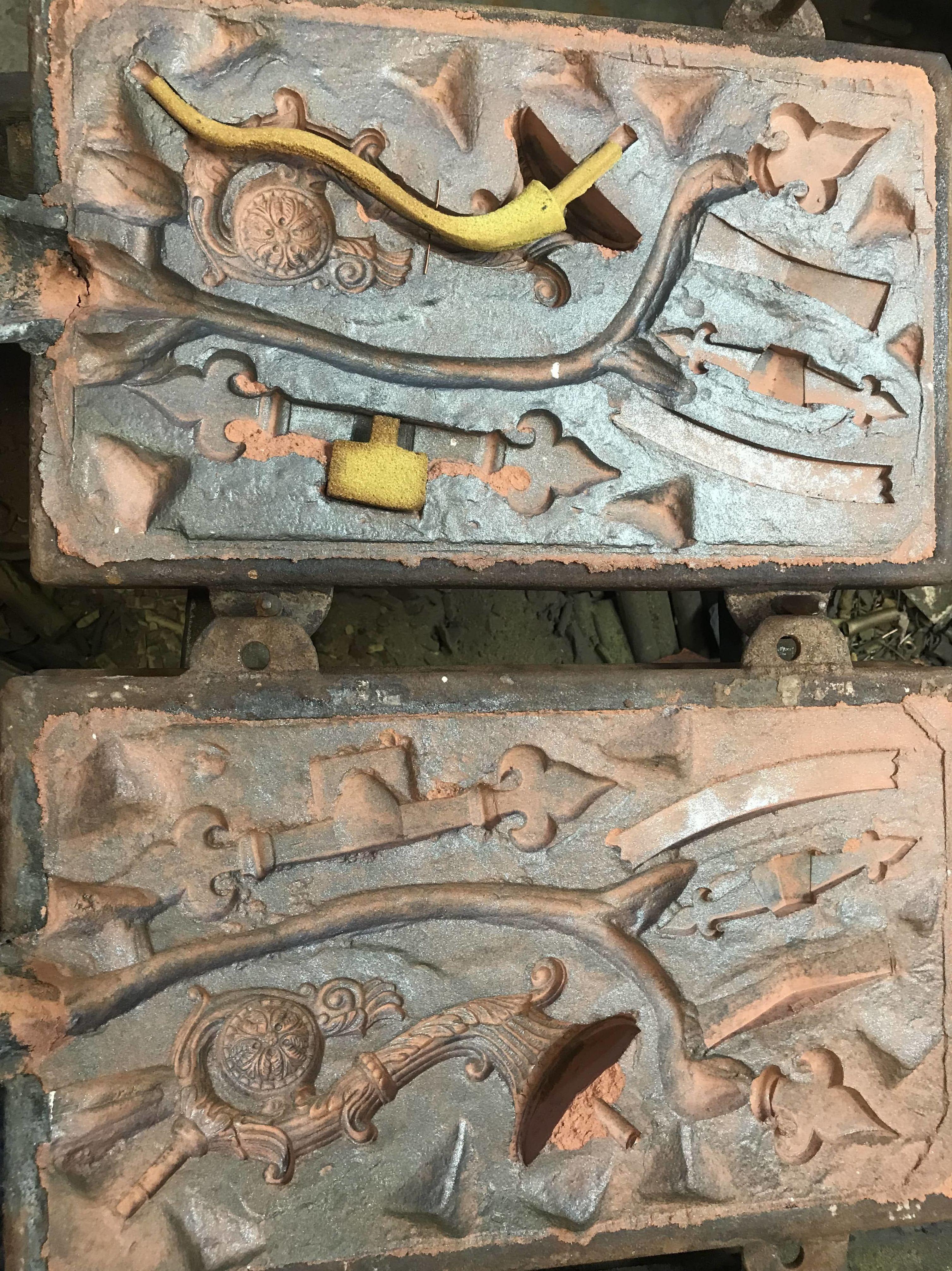 Molde espada Toledo y brazo lámpara clásica 1
