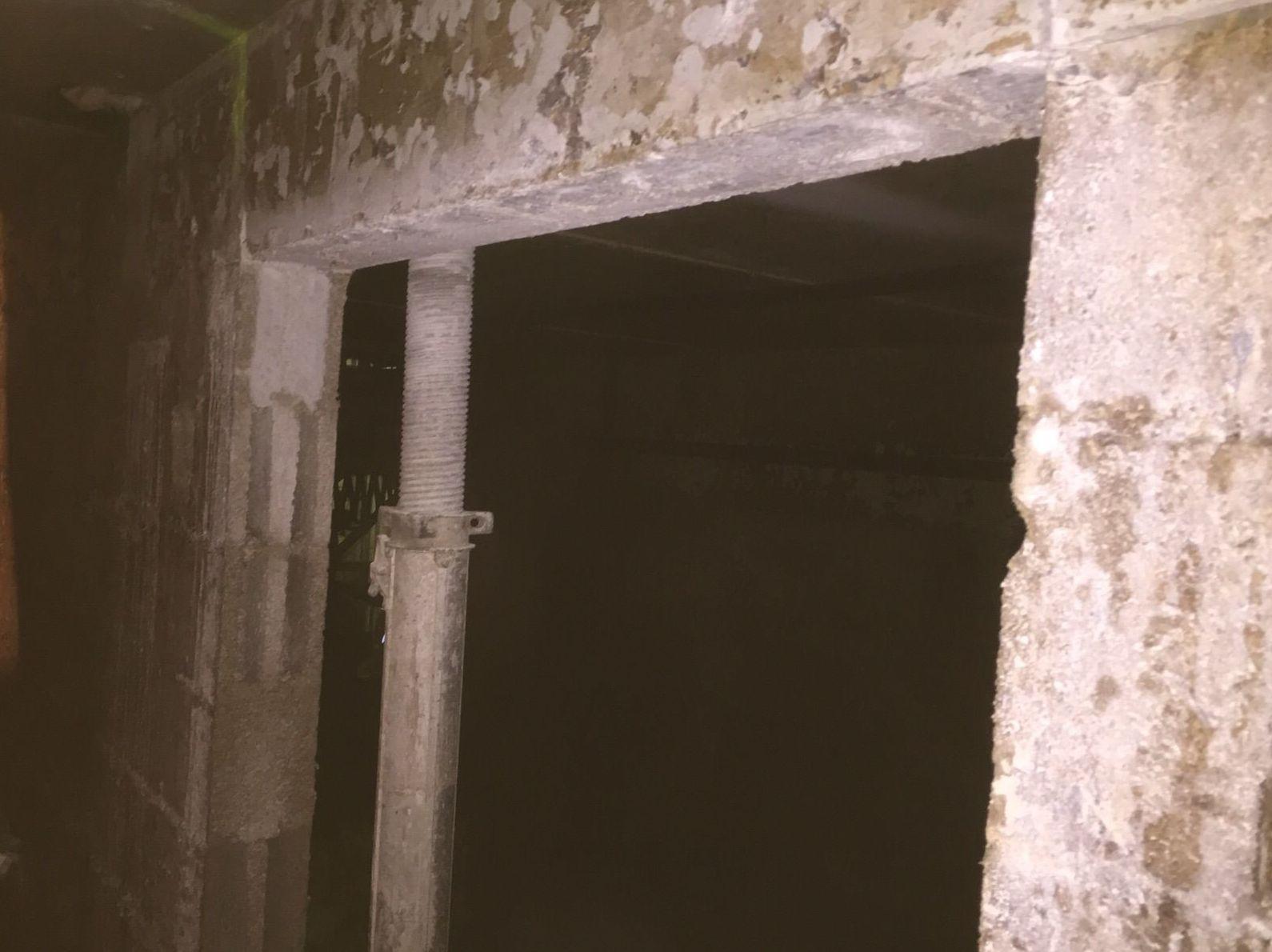 Corte de hormigón para cincho de hormigón mas bloque de hormigon