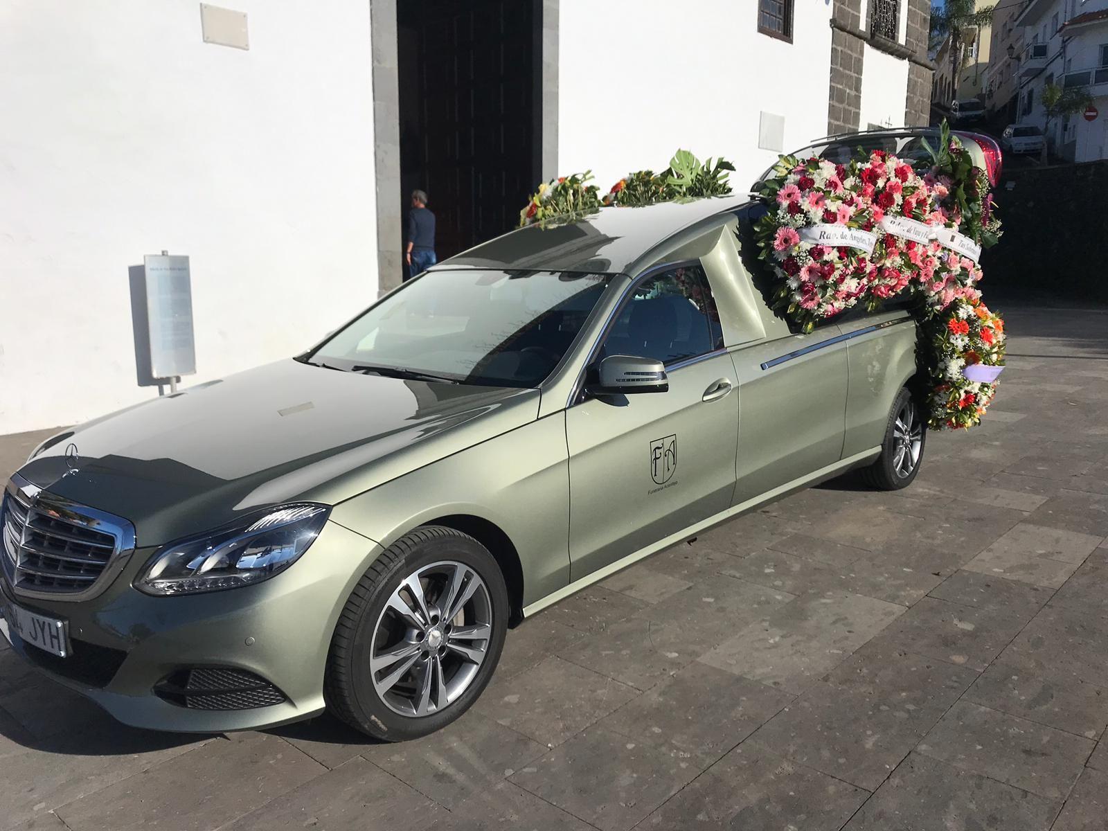 Foto 1 de Servicios funerarios en  | Tanatorio Santo Hermano Pedro