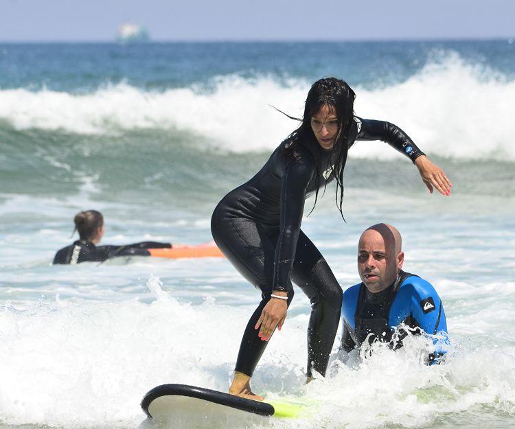 Alquiler de equipos de surf en Cantabria