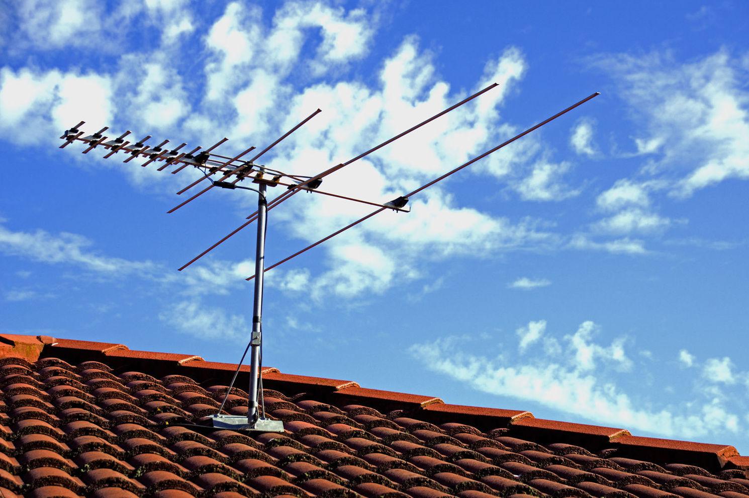 Instalador de antenas colectivas