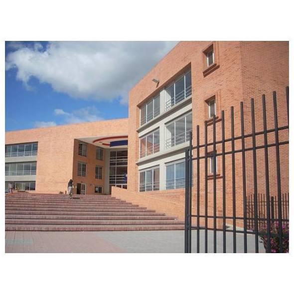 Limpieza de centros educativos: Servicios de Gerusia, S.L. Empresa de Servicios