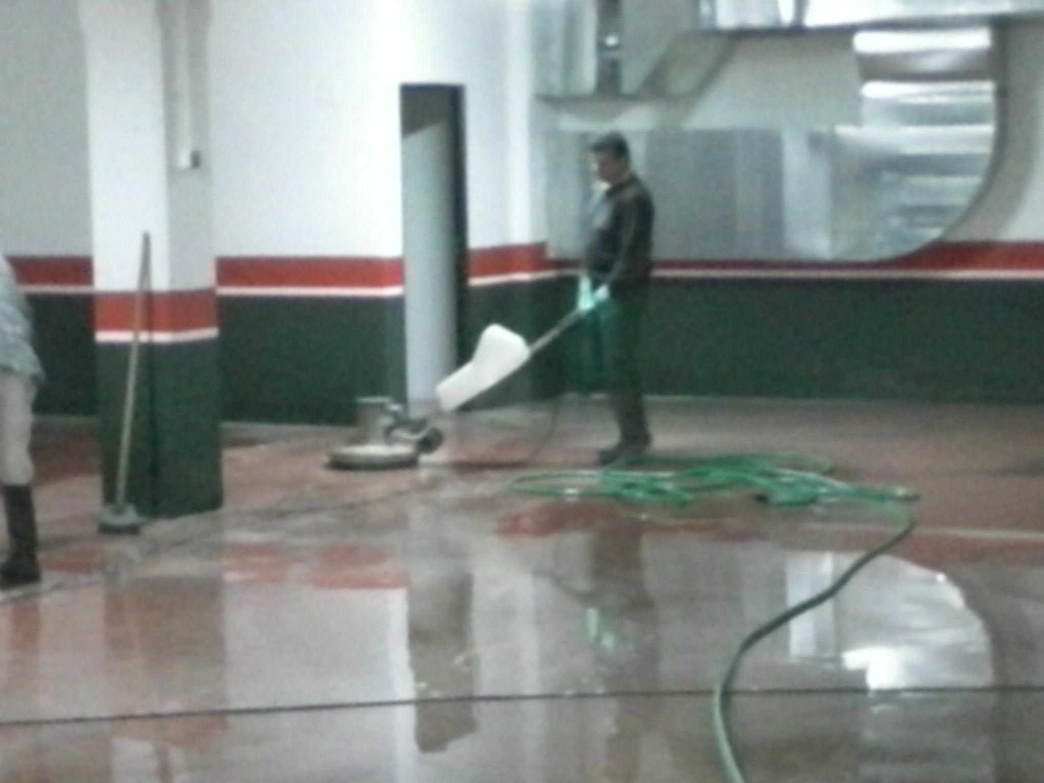 Foto 2 de Limpieza (empresas) en O Porriño | Limp Service