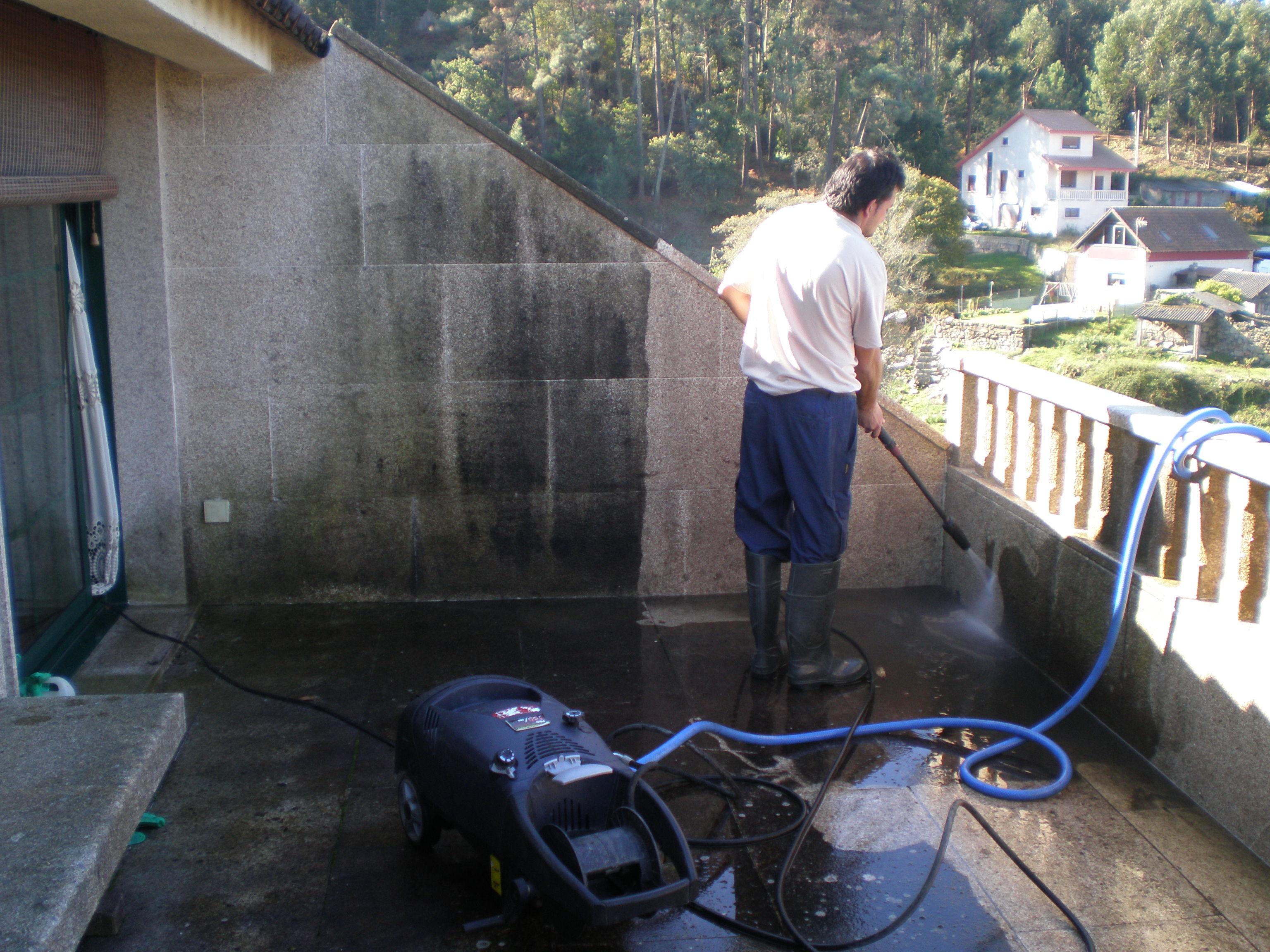 Foto 6 de Limpieza (empresas) en O Porriño | Limp Service