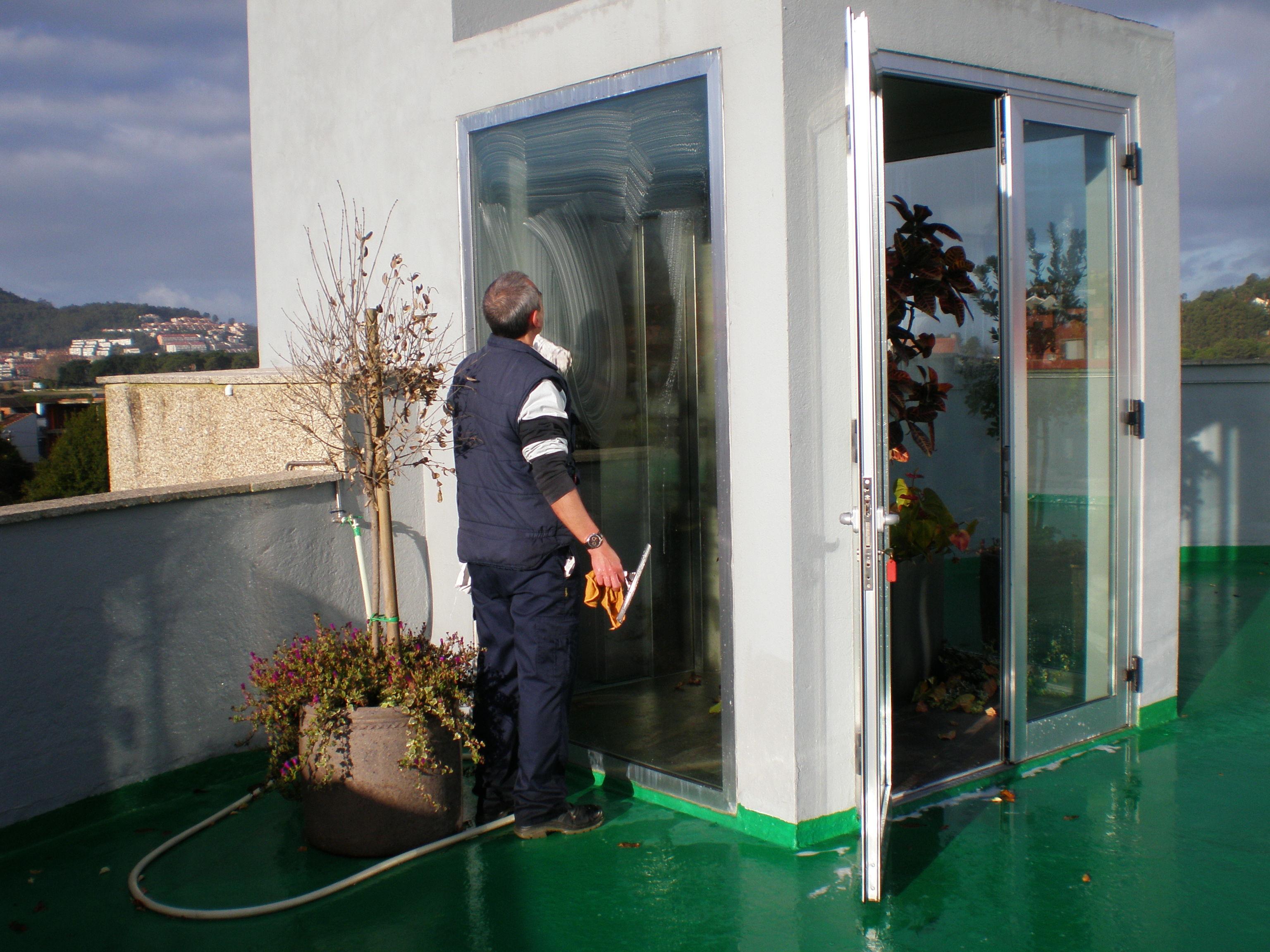 Foto 5 de Limpieza (empresas) en O Porriño | Limp Service
