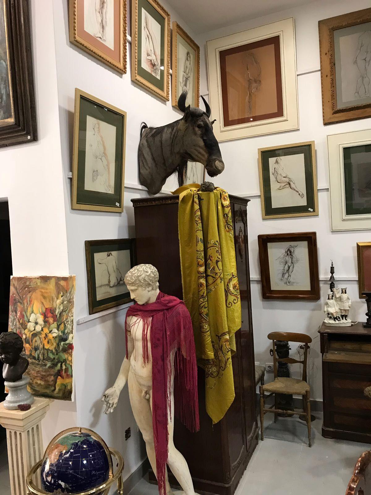 Foto 3 de Galerías de arte y salas de exposiciones en Cartagena | Arte & Antigüedades Federico Robles Perez