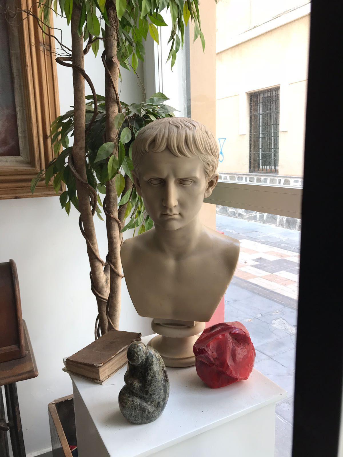 Foto 7 de Galerías de arte y salas de exposiciones en Cartagena | Arte & Antigüedades Federico Robles Perez