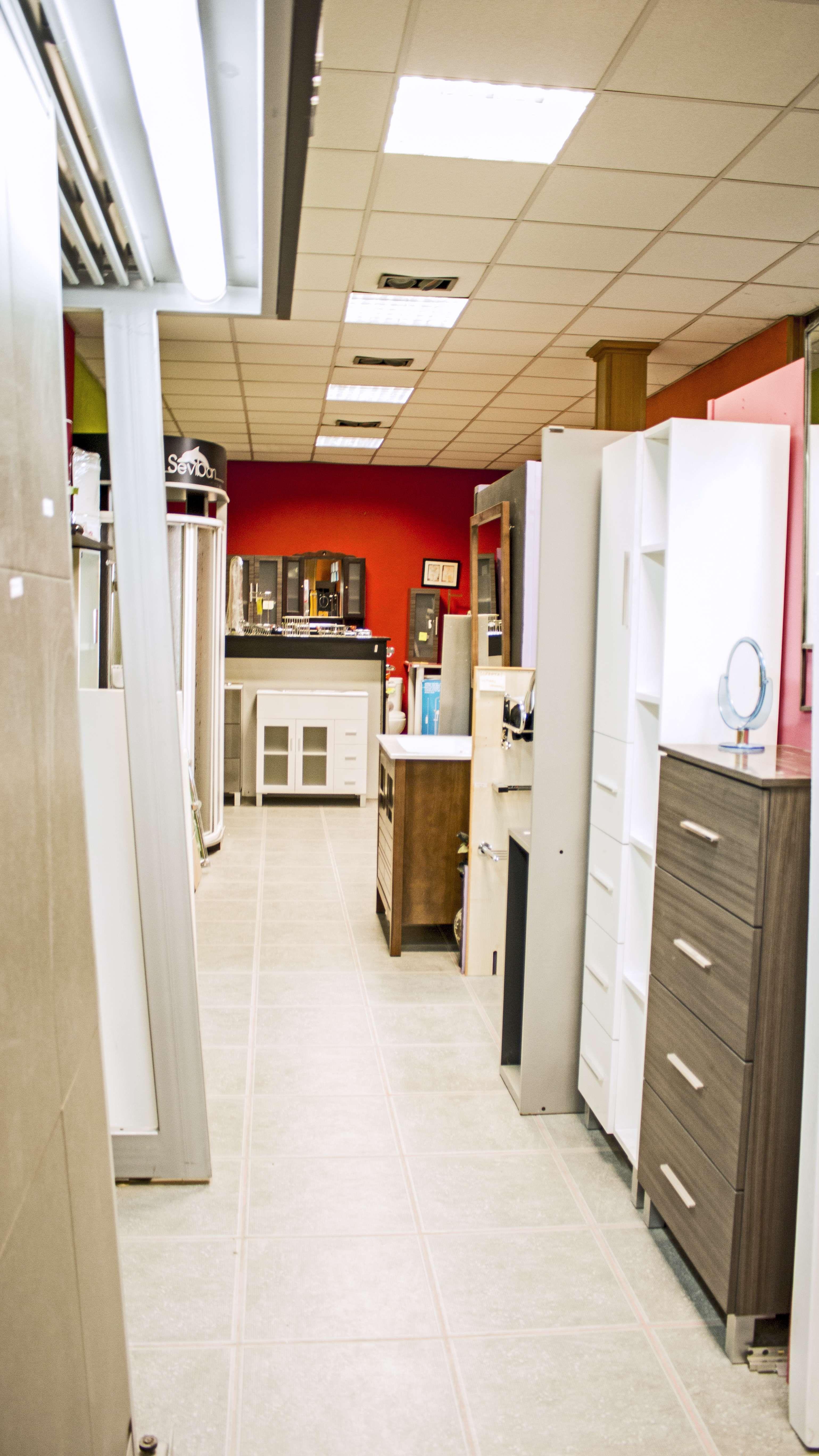 Muebles de baño y cocina y materiales de construcción en Lugo