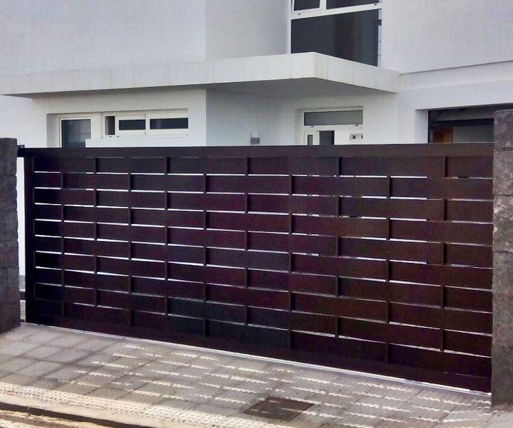 Puertas de garaje en Lanzarote