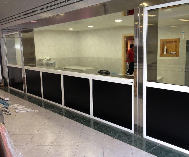 Paneles separadores de aluminio o PVC