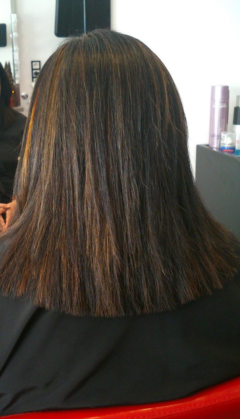 Trabajo de color ,mechas corte y peinado liso
